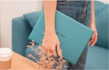 有哪些颜值又高又实用的圣诞礼物?华为MateBook X就是!
