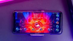 144Hz高刷新率加持6000mAh大电池 畅爽开黑选ROG游戏手机3就够了