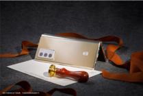 """三星W21 5G:让科技流露""""贵族""""姿态"""