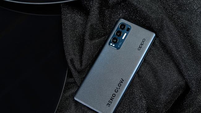 强悍性能+专项优化 你的游戏神器OPPO Reno5 Pro+来了!