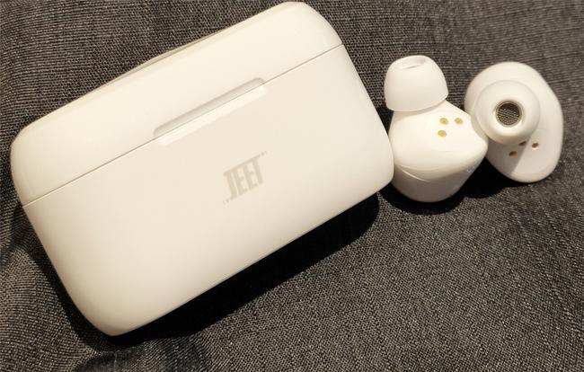 """能推送固件更新升级的高通""""芯""""TWS耳机——JEET AIR PLUS"""