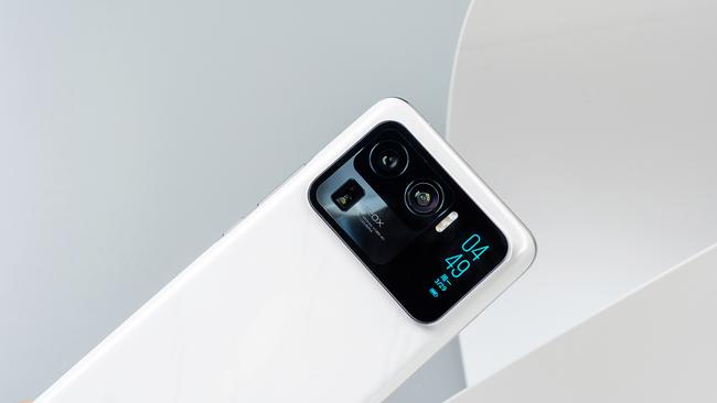 史上最强影像系统登顶DxO榜首 安卓之光小米11 Ultra评测